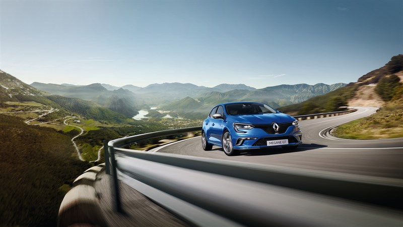 Renault MEGANE GT - Blue vehicle on winding road