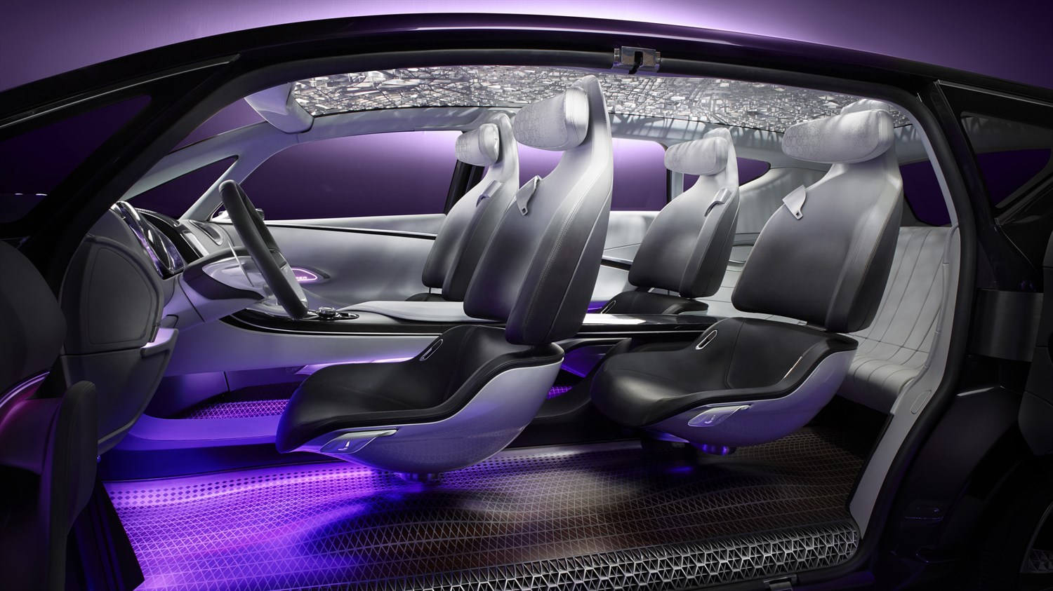 Renault INITIALE PARIS Concept - close-up of cabin as a whole
